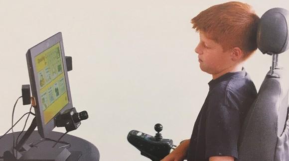 Sistema di comunicazione a comando oculare